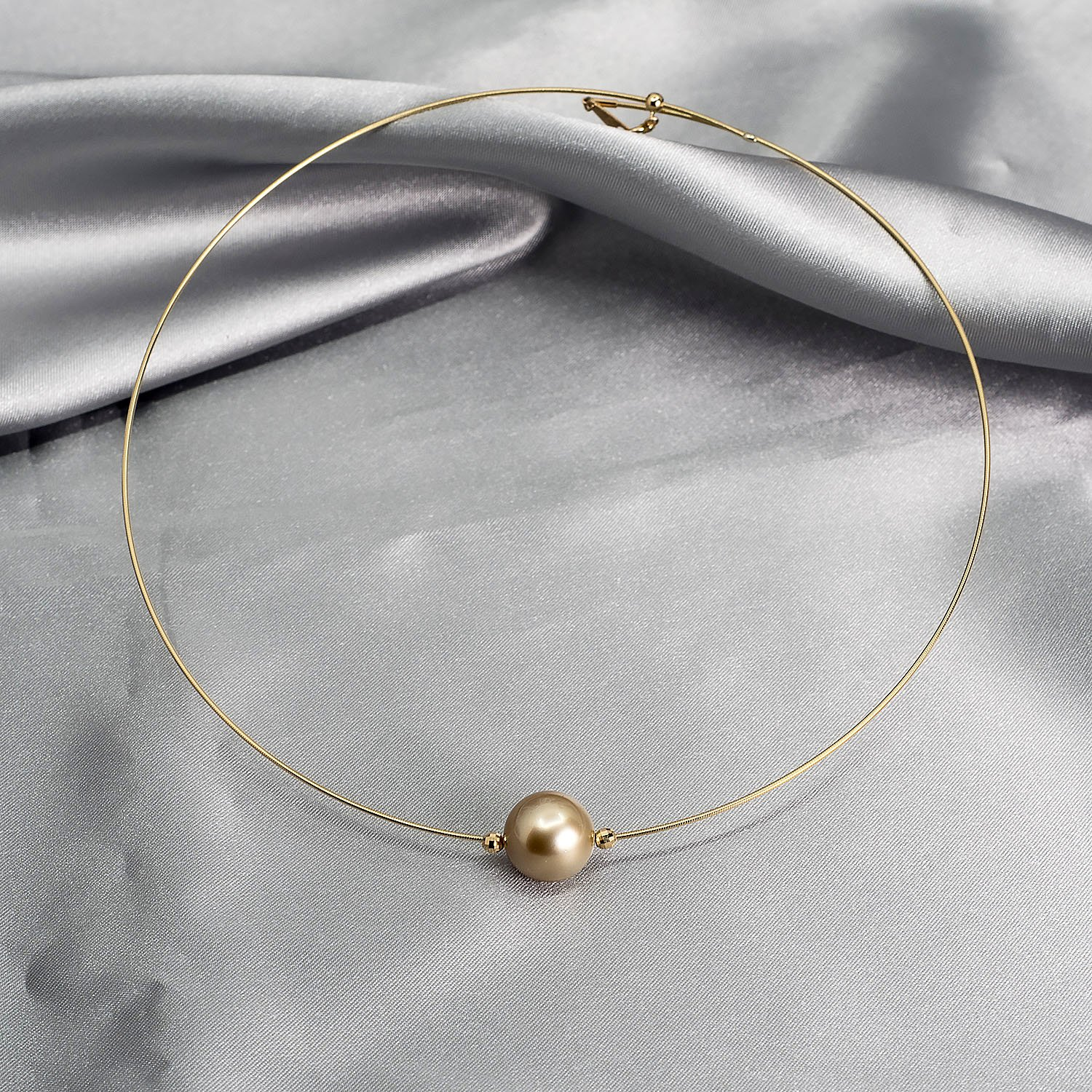 Southsea gold pearl necklace